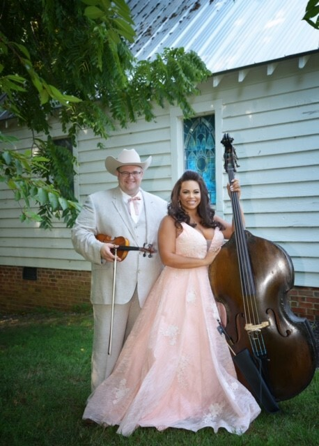 'Bluegrass power couple' Dewey and Leslie Brown to bring high lonesome sound to Sunset Series